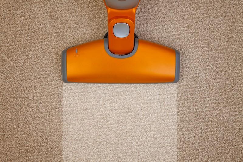 Самостоятельная чистка ковров