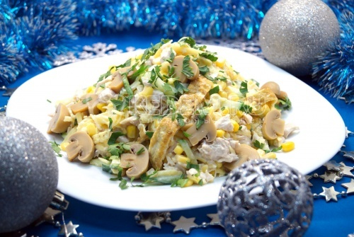 Салат с куриной грудкой 1
