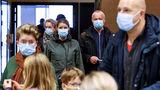 В США назвали условие выработки группового иммунитета от COVID-19 1