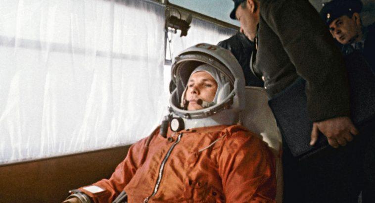 Самые влиятельные россияне столетия: Гагарин, Путин, Сталин 1