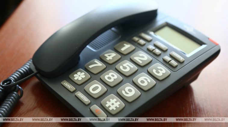 Помощник министра обороны проведет 1 мая прямую телефонную линию 1