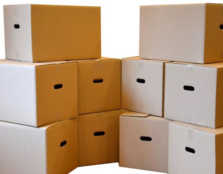 Организация переезда: коробки для сбора и транспортировки вещей 1