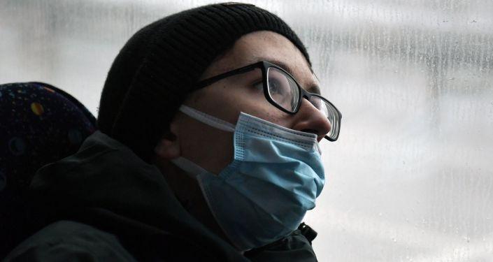 Стало известно, как коронавирус влияет на зрение 1