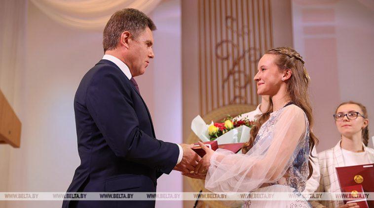В Беларуси таланты никогда не останутся незамеченными - Петришенко 1